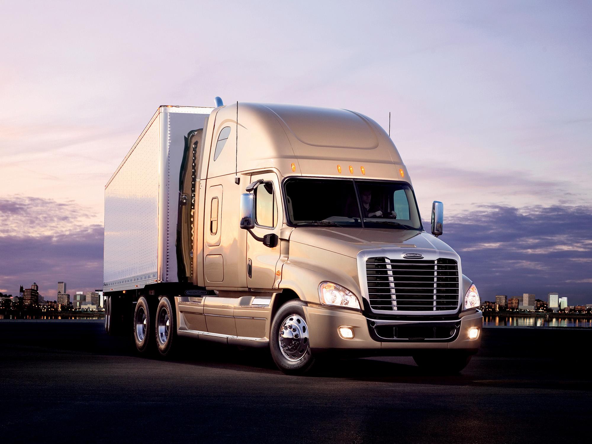 Freightliner Archives | BigRigVin