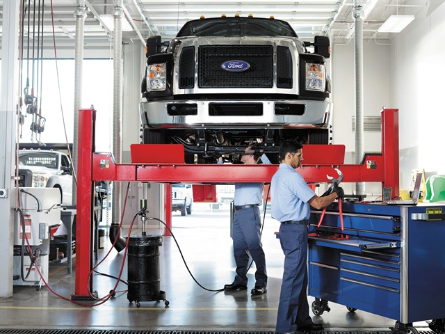 Ford Launches New Commercial Vehicle Program