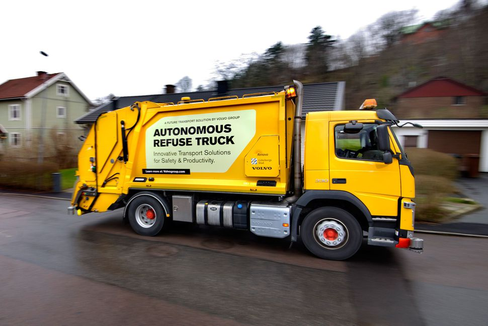 Volvo Tests Self-Driving Garbage Truck