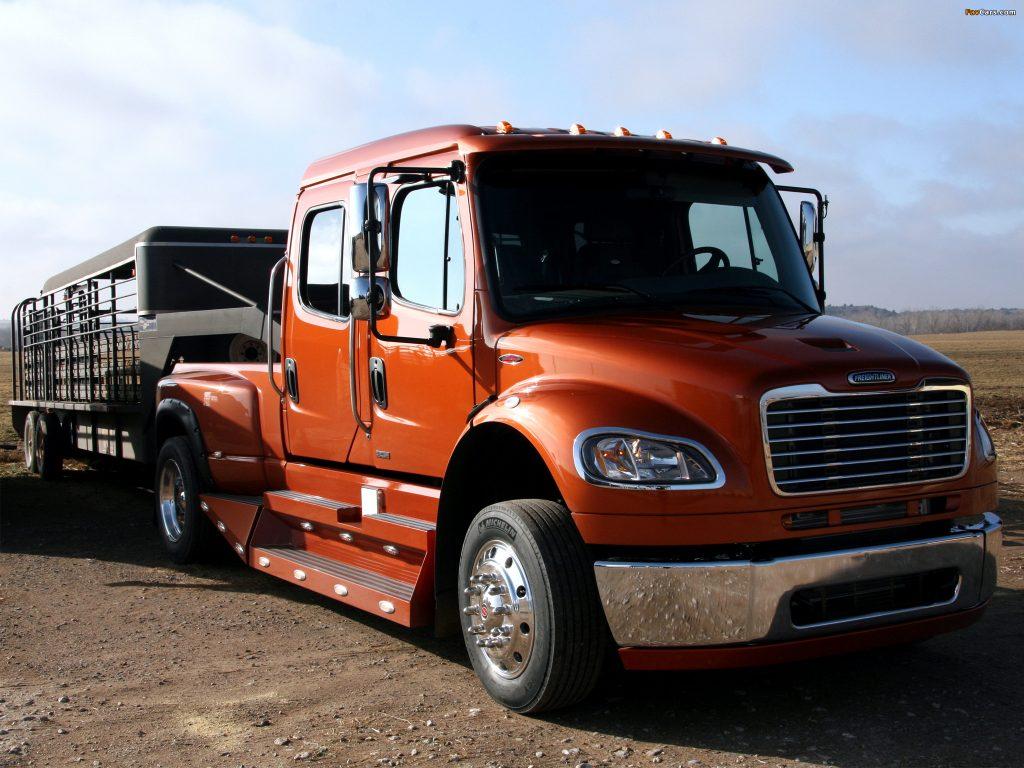 FreightLiner Business Class M2 Truck
