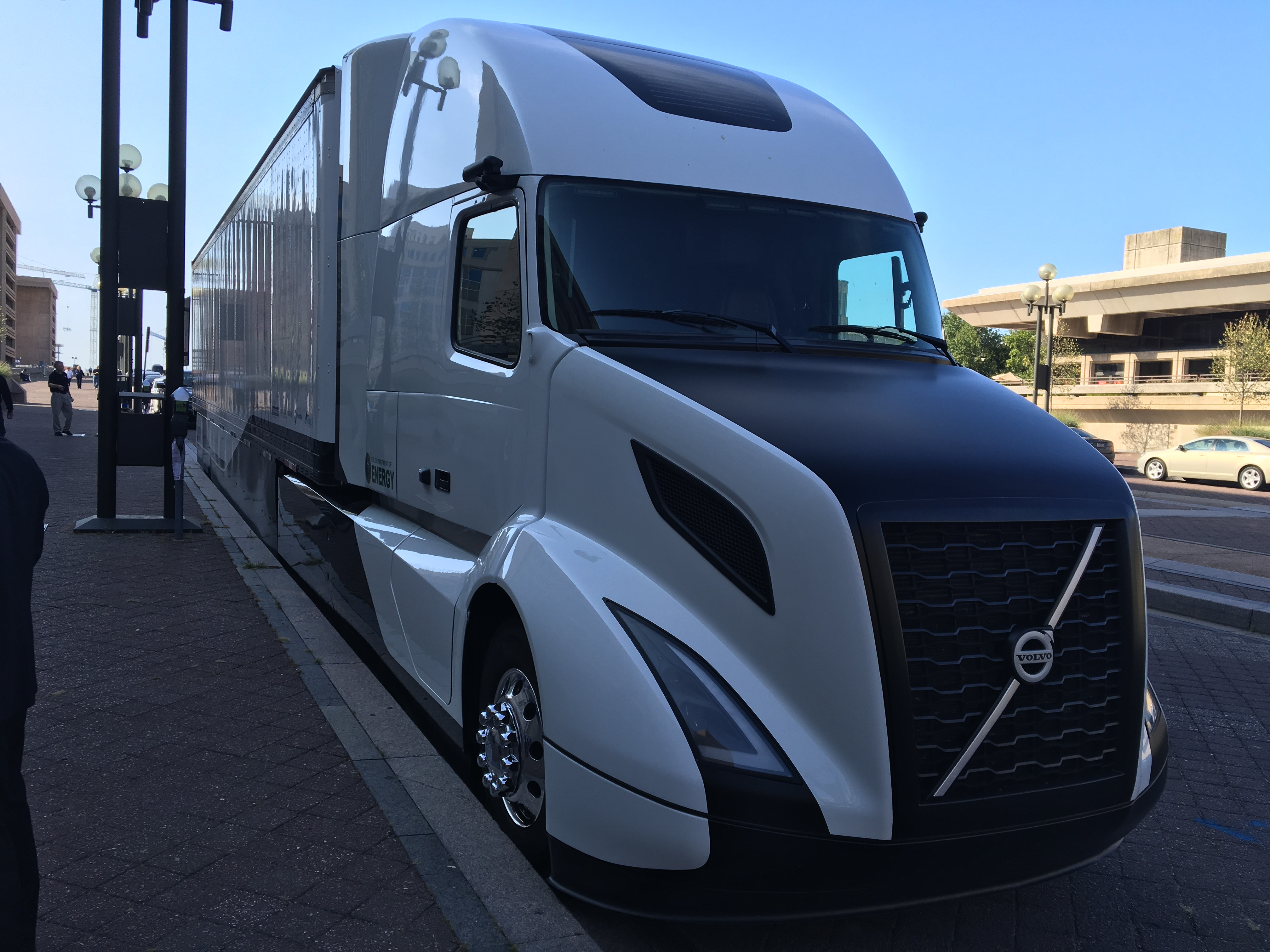 Volvo S Supertruck Testing Yields 13 Mpg Bigrigvin
