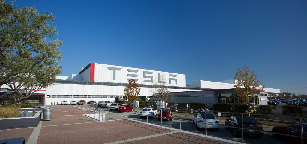 Tesla to Release Electric Class 8 Truck this Fall