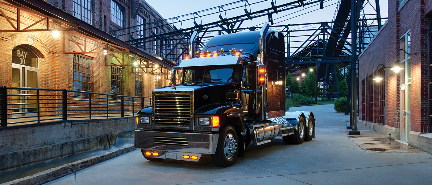 Mack Truck Pinncale CXU